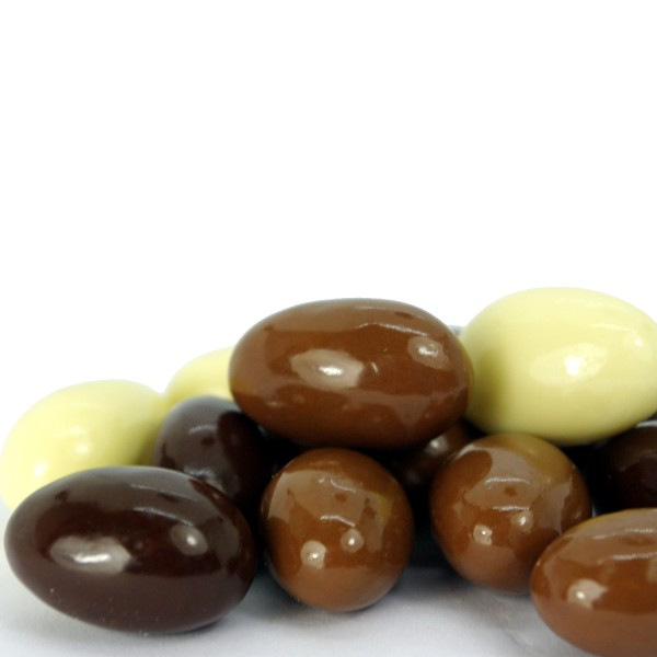 Zuckerfreie Schoko-Mandeln